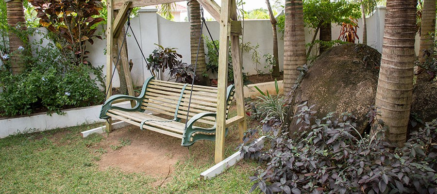 MLS_Accommodation_in_Seychelles_facilities_gardens_ (2)
