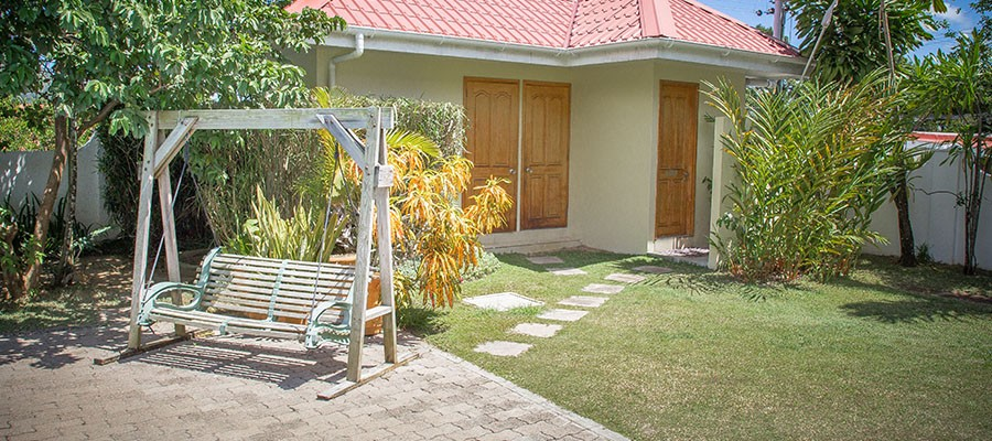 MLS_Accommodation_in_Seychelles_facilities_gardens_ (5)