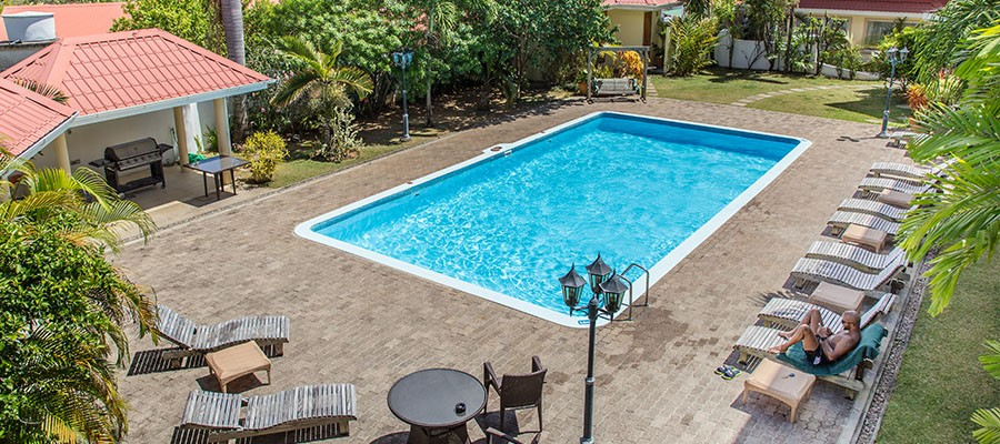 MLS_Accommodation_in_Seychelles_facilities_pool