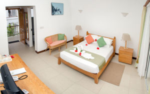 MLS_bed-breakfast-accommodation-seychelles_double-room-bnb_slider_02