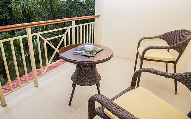MLS_bed-breakfast-accommodation-seychelles_double-room-bnb_slider_04