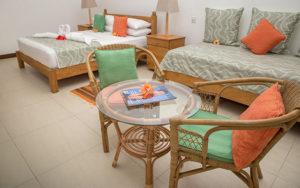 MLS_bed-breakfast-accommodation-seychelles_family-room-bnb_slider_(10)