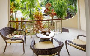 MLS_bed-breakfast-accommodation-seychelles_family-room-bnb_slider_(9)