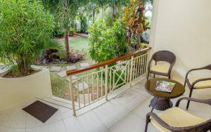 MLS_bed-breakfast-accommodation-seychelles_triple-room-bnb_slider_04