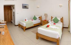 MLS_bed-breakfast-accommodation-seychelles_twin-room-bnb_slider_03