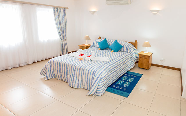 Self-Catering-accommodation-seychelles_one_bedroom_deluxe_slider (7)